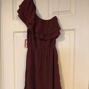NWT Womens size small burgundy one shoulder dress